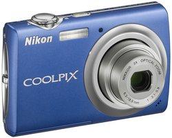 Nikon s220