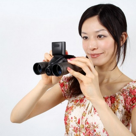 Гибрид бинокля и видеокамеры thanko udgzdc8m