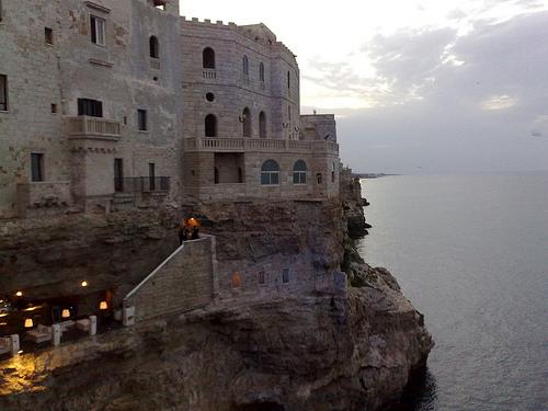 Grotta Palazzese - отель и ресторан в пещере