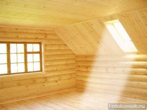 Солнечный луч в темной комнате