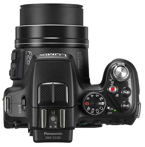 Суперзум Panasonic Lumix DMC-FZ200 с постоянной светосилой