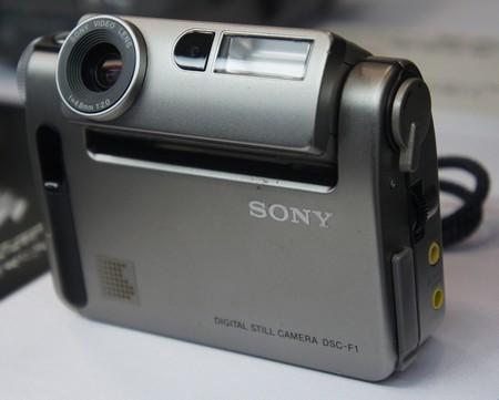 Sony Cyber-shot F1