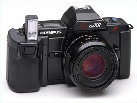 Olympus OM-707