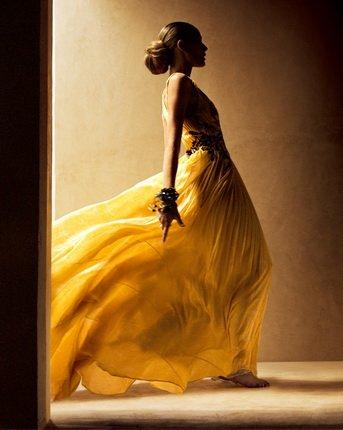 Мануэль Оутумуро. Платье Etro. 2006