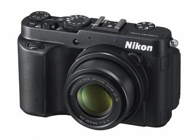 Nikon_P7700