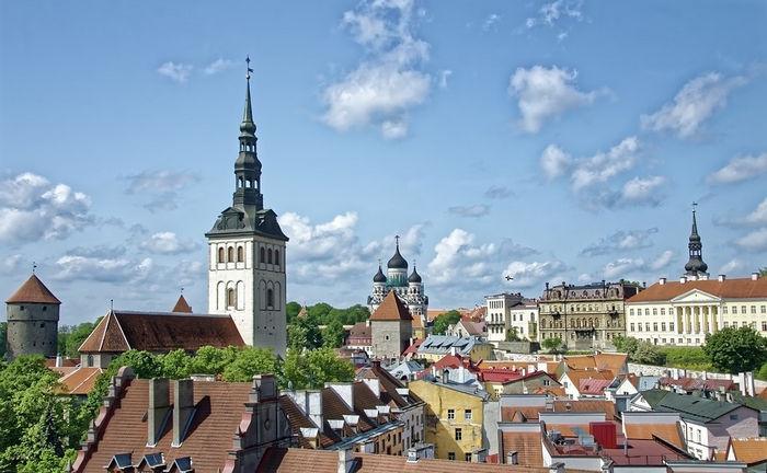 Бьют часы на старой башне или выходные в Таллине