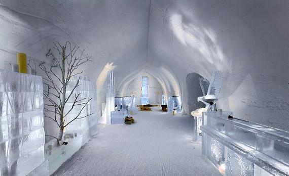 Ice Lobby, крупнейший ледяной отель в Финляндии.