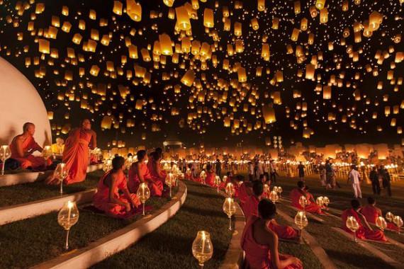 Yi Peng Festival, Thailand. Photograph by Justin Ng