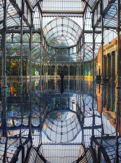Mirrored-Palace-of-Rainbows