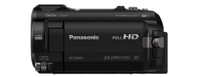 Видеокамера Panasonic HC-W850. Левая сторона с закрытым дисплеем.