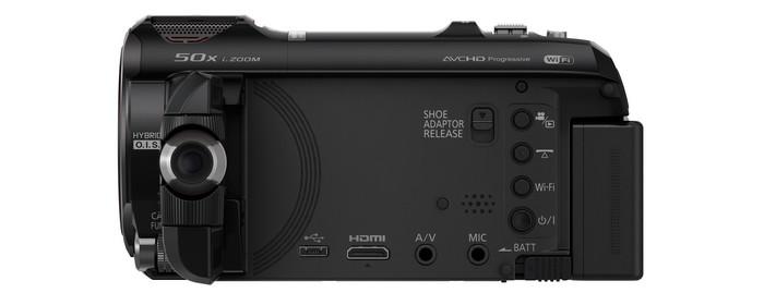 Видеокамера Panasonic HC-W850. С открытым дисплеем.