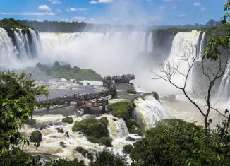 Водопад в паке Игуасу