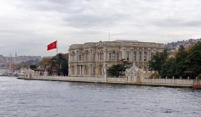 дворец Бейлербеи
