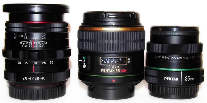 Слева направо: Pentax DA 20-40mm f/2.8-4 Limited DC WR, Pentax SMC DA* 55mm f1.4 SDM и Pentax SMC DA 35mm f/2.4 AL