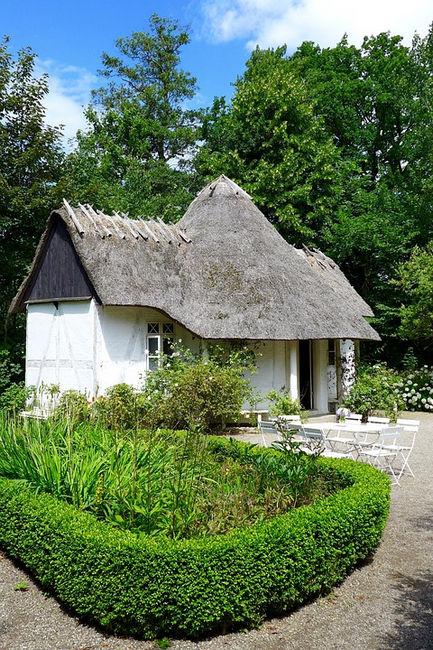 Оденсе, домик с соломенной крышей