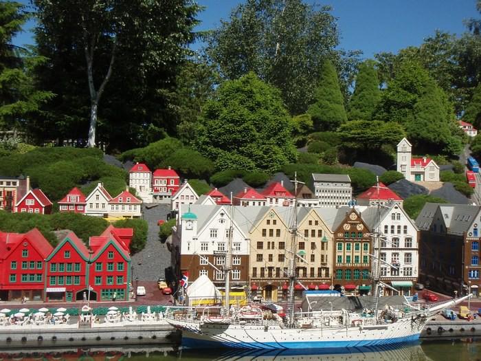 Берген, тематический парк Legoland