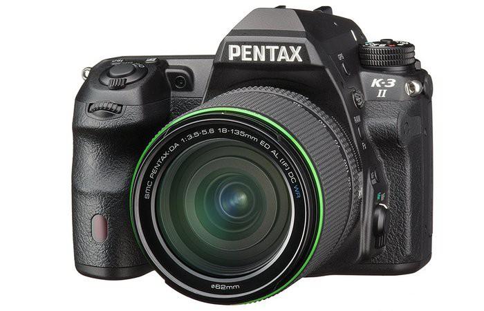 Pentax K-3 II - сбоку