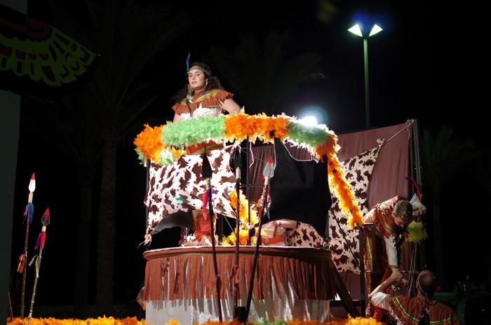 Карнавальное шествие на юге Испании