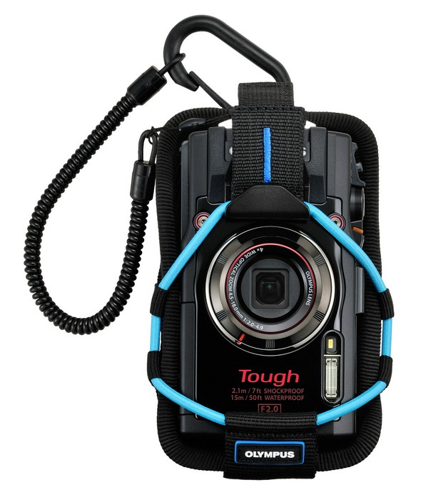 Olympus TOUGH TG-4 в переноске