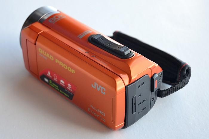 JVC-Everio-GZ-R315-09