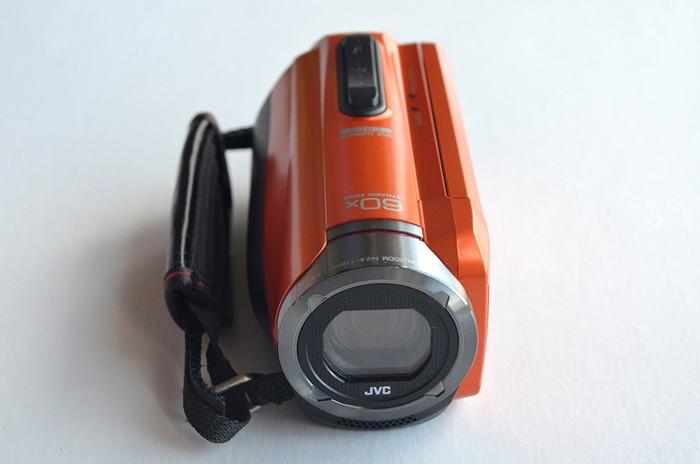 JVC-Everio-GZ-R315-11