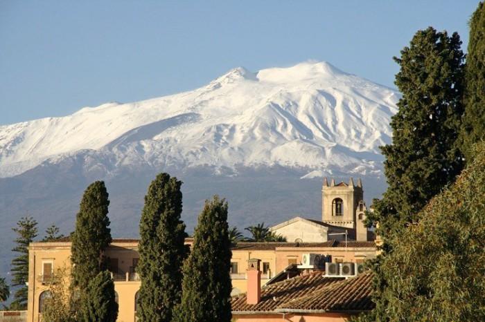 Сицилия - от Этны до Дзингаро