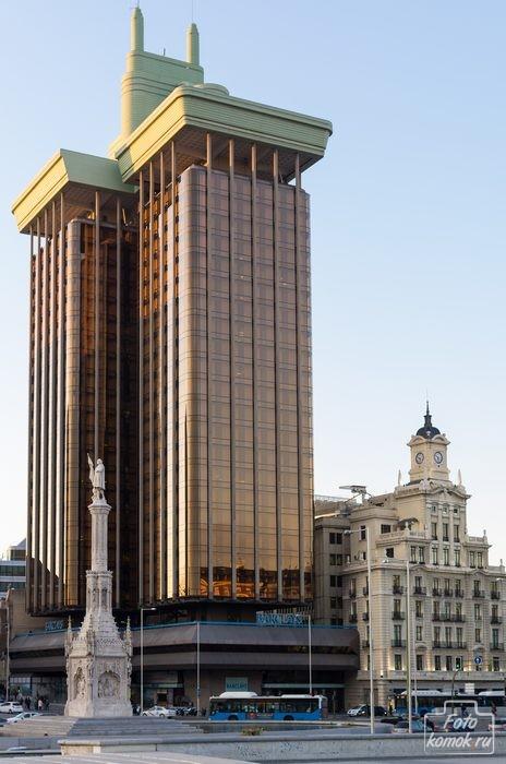 Площадь Колумба. Мадрид. Испания