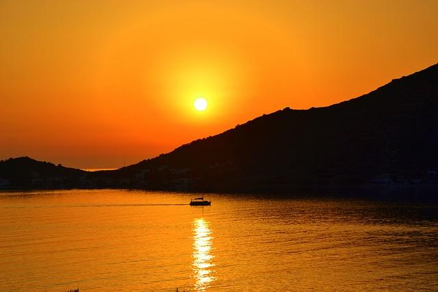 Закат над островом Калимнос