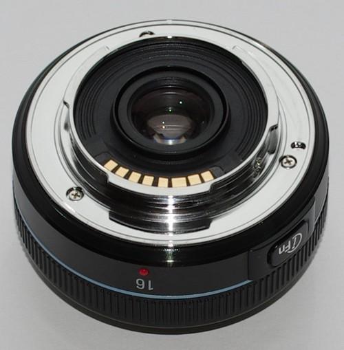 Объектив Samsung 16mm f/2.4