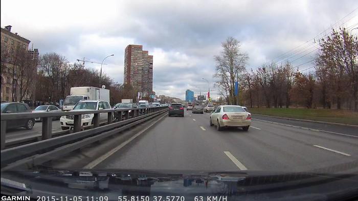 NuviCam LMT Rus - видеорегистратор день