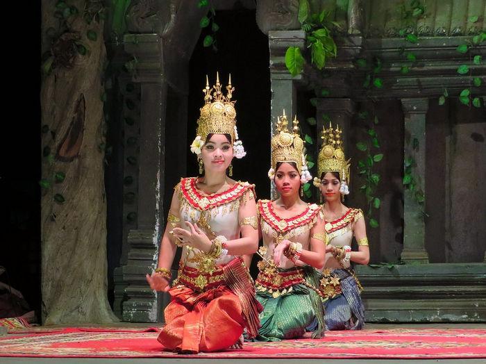 Танцоры, Камбоджа
