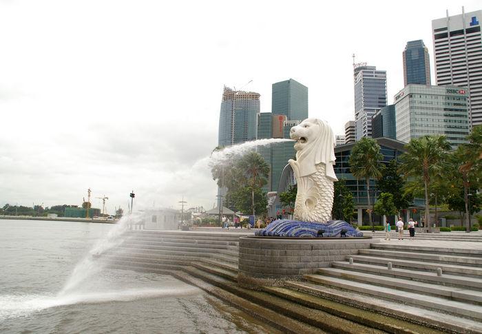 Мерлион - символ города