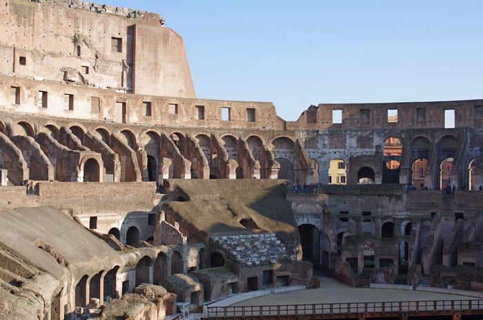 Колизей в Риме 02