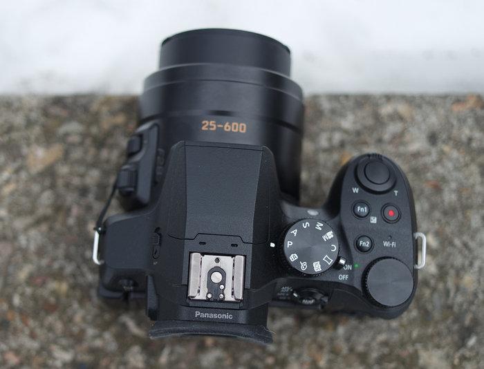 DMC-fz300 top