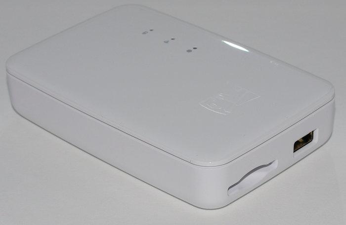 Kingston MobileLite Wireless G3 - left