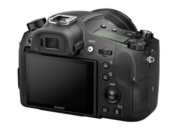 Sony Cyber-shot RX10 III-s1