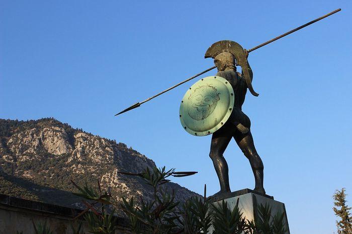 Памятник, Греция