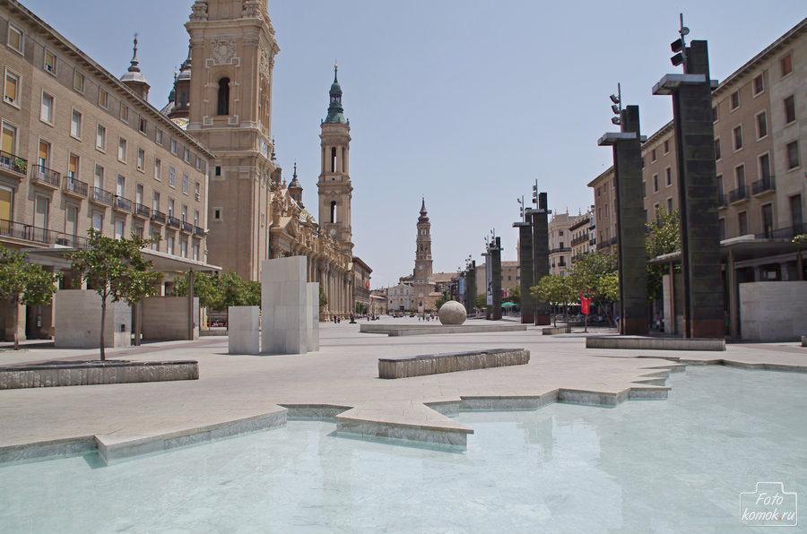 Площадь Нуэстра Сеньора дель Пилар, Сарагоса