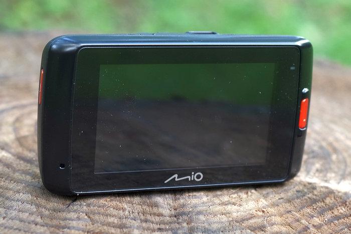 Mio MiVue 698 дисплей
