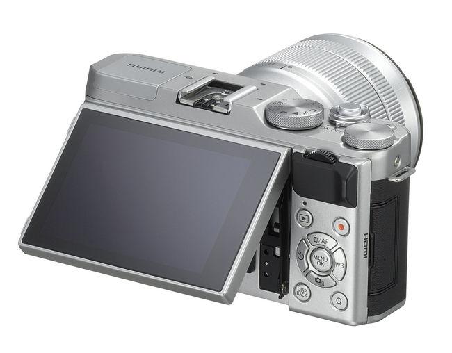 Fujifilm-X-A3-b