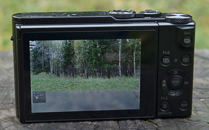 Panasonic DMC-LX15 дисплей