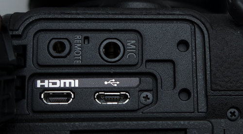 lumix-g80-conn