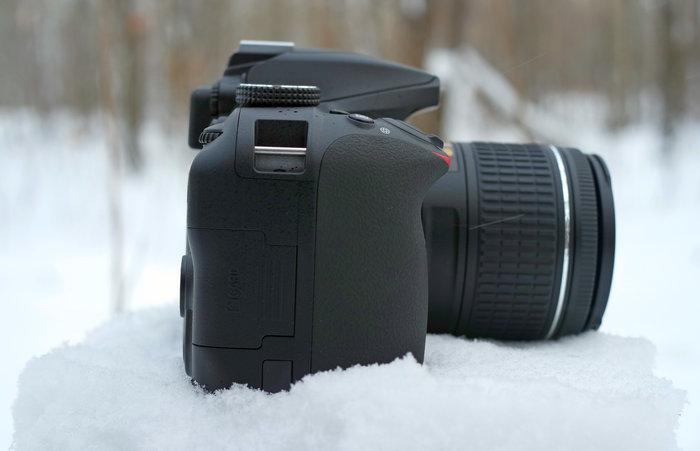 Nikon D3400-r