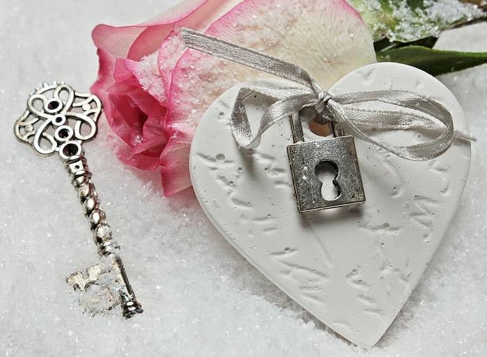 Валентинка - сердце и ключ