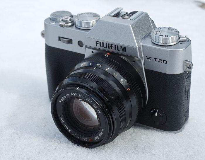Fujinon XF35mm f/2 R WR + X-T20
