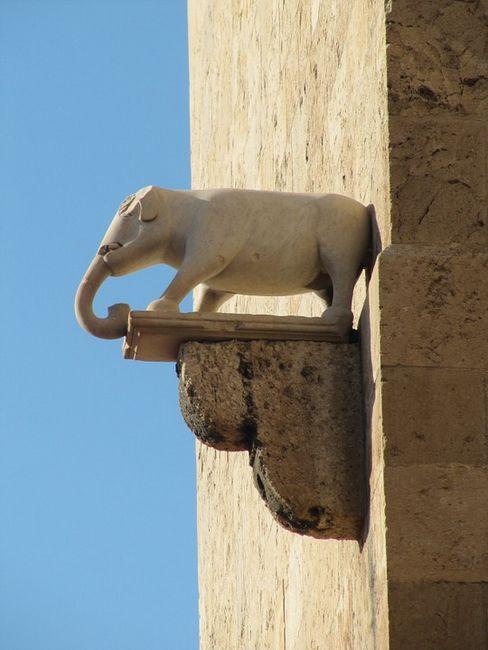 Башня слона, Кальяри