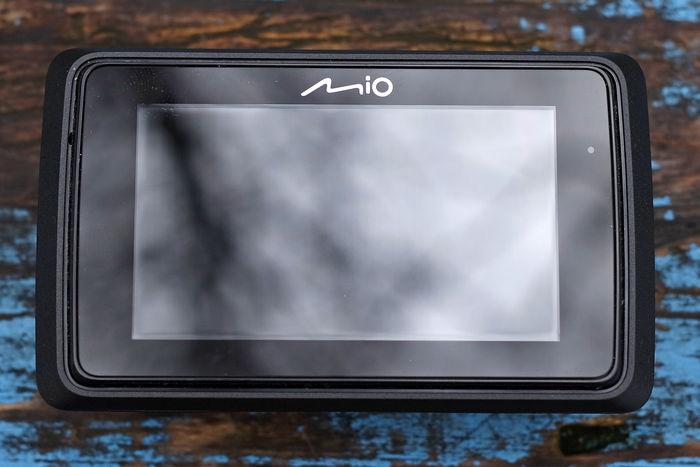 Обзор видеорегистратора Mio MiVue 765