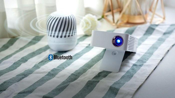 LG представляет компактный проектор LG PH30JG из серии MiniBeam