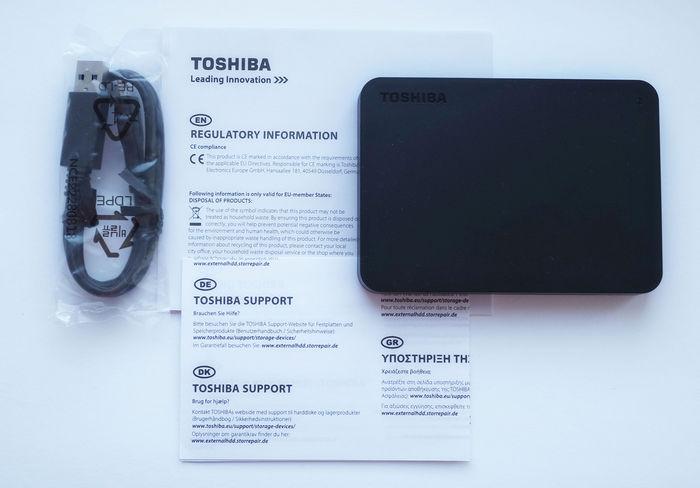Toshiba Canvio Basics 2 ТБ комплект