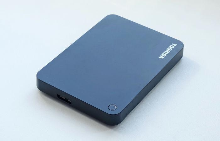 Обзор внешнего диска Toshiba Canvio Advance 2 ТБ
